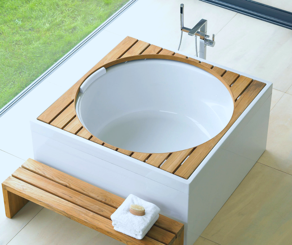 Luxury White Bathrooms 1